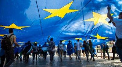 SZ: Γιατί ψηφίζουμε, τι μουσική ακούμε και τι τρώμε την ημέρα των ευρωεκλογών