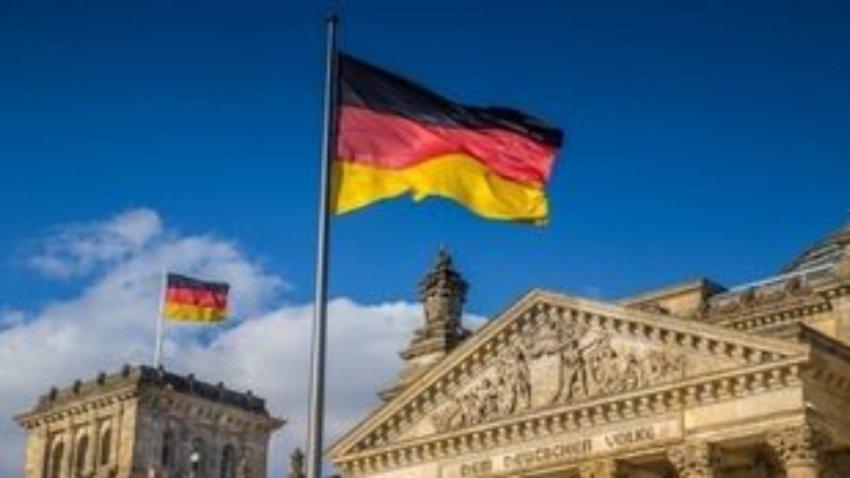 Να επιδείξει αυτοσυγκράτηση και να σεβαστεί το Δίκαιο της Θάλασσας καλεί το Βερολίνο την Άγκυρα