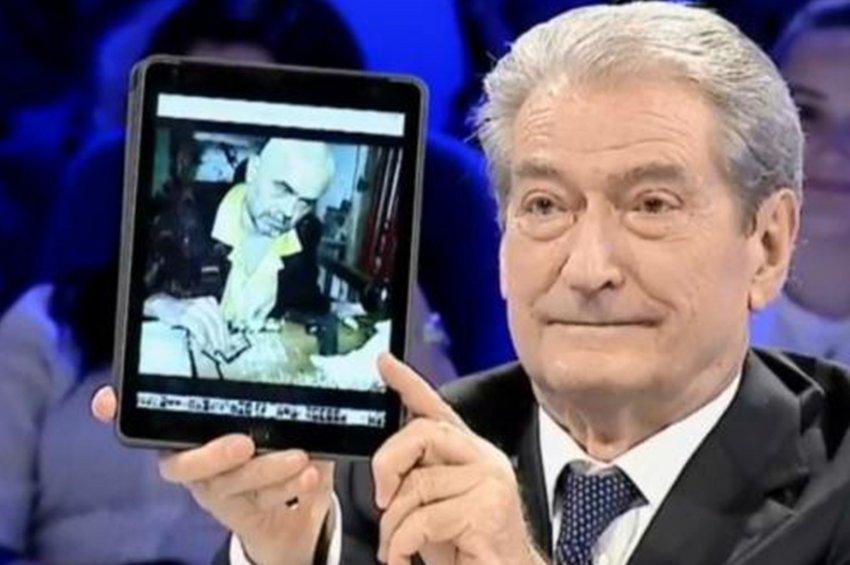 Σοκ στην Αλβανία: ο Μπερίσα παρουσίασε φωτογραφίες του Ράμα να κάνει χρήση ναρκωτικών!