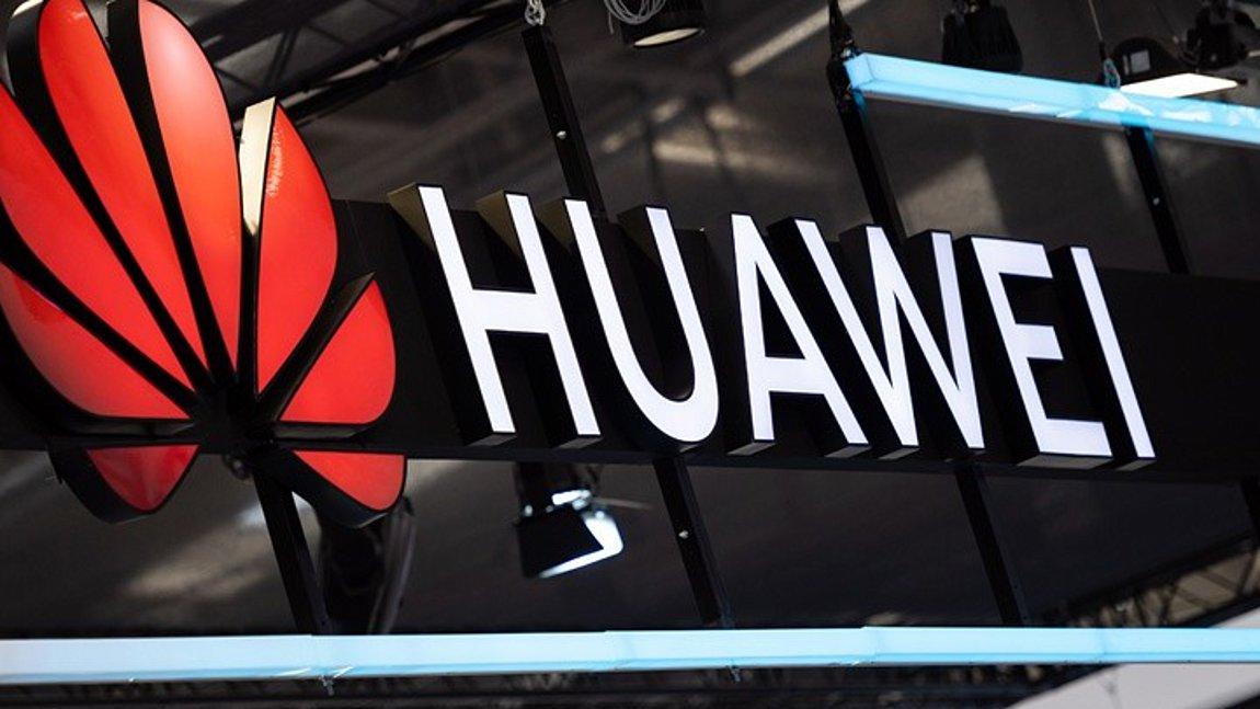 Bloomberg: Υπάλληλοι της Huawei εργάστηκαν σε ερευνητικά προγράμματα του κινεζικού στρατού