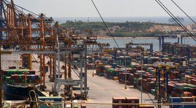 Νέα απεργία από απόψε αποφάσισε το Σωματείο της Ένωσης Εργαζομένων Διακίνησης Εμπορευματοκιβωτίων στον Πειραιά