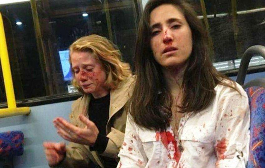 Σάλος στο Λονδίνο: Συνελήφθησαν 4 νεαροί για την ομοφοβική επίθεση σε αεροσυνοδό και τη σύντροφό της