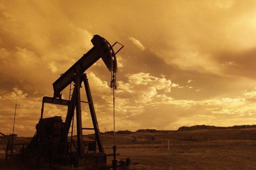 Υποχωρούν οι τιμές του πετρελαίου μετά τις επιθέσεις σε τάνκερ