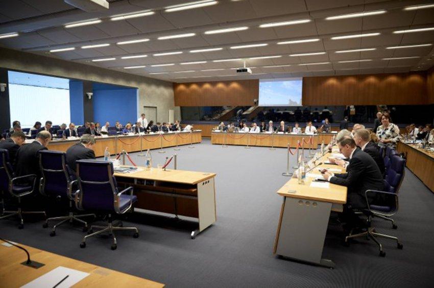 Δεκαπέντε ώρες κράτησε το Eurogroup – Ποιες αποφάσεις έλαβε - Το μήνυμα των Βρυξελλών στη Ρώμη