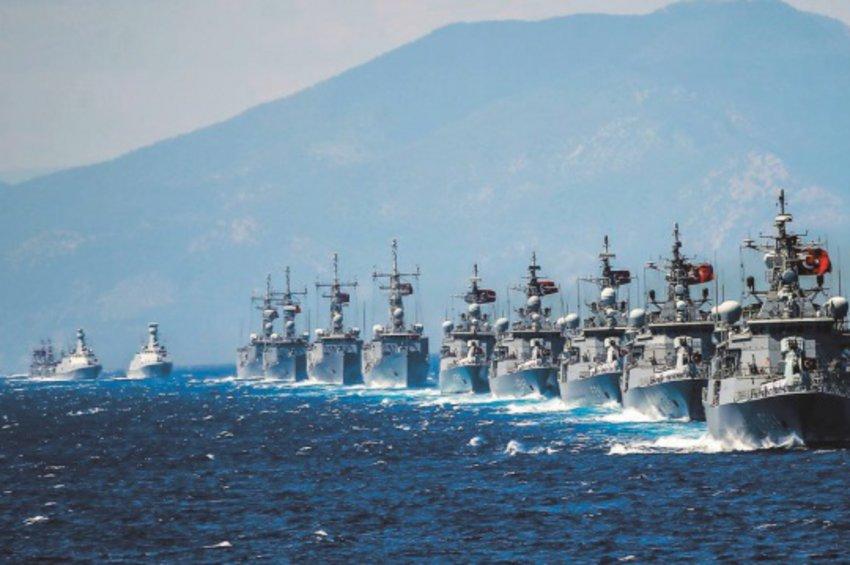 Πολεμικά σενάρια στο τραπέζι του Ερντογάν