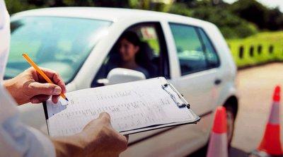 Ιστιαία: Υποψήφιος οδηγός έπεσε πάνω σε εξεταστή και τον τραυμάτισε
