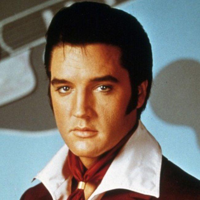 Σπάνια φωτογραφία του εγγονού του Elvis Presley: Η ομοιότητά τους είναι εκπληκτική
