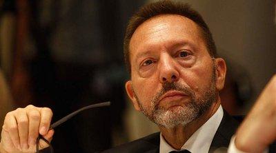 Ο Στουρνάρας καταθέτει τη Δευτέρα για τους χειρισμούς στην υπόθεση Novartis - Τι είπε ο Λοβέρδος