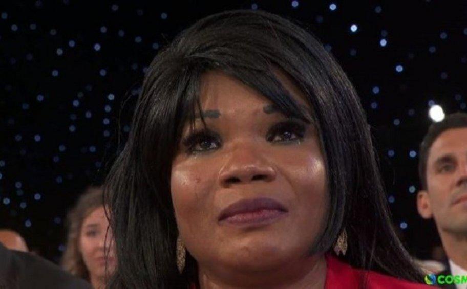 Τα δάκρυα της μητέρας του Γιάννη Αντετοκούνμπο