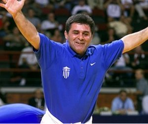 Θρήνος στον ελληνικό αθλητισμό - Πέθανε ο Ολυμπιονίκης της πάλης Μπάμπης Χολίδης