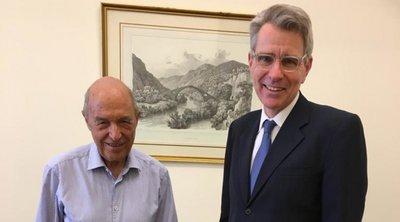 Συνάντηση Σημίτη-Πάιατ - Γιατί επισκέφθηκε ο Αμερικανός πρέσβης τον πρώην πρωθυπουργό