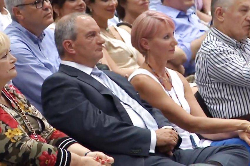Ομιλία-παρέμβαση του Κ. Καραμανλή, μετά από 10 χρόνια, με μήνυμα συστράτευσης και συμπόρευσης ενόψει εκλογών