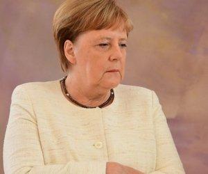 H Mέρκελ και πάλι τρέμει - Τι κατέγραψαν οι κάμερες στη συνάντηση με τον Στάινμάγερ