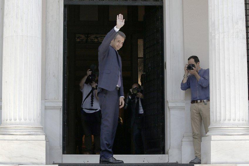 Στις 12 το μεσημέρι η ορκωμοσία της νέας κυβέρνησης – Όλα τα ονόματα
