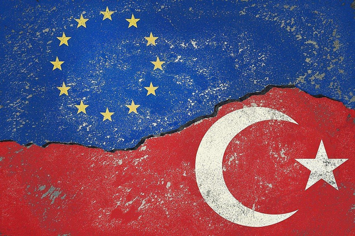 Σε σιωπηρή διαδικασία έγκρισης ως το πρωί βρίσκεται το προσχέδιο κειμένου των μέτρων κατά Τουρκίας