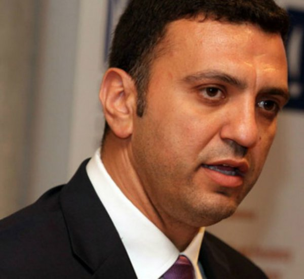 Κικίλιας: Δεν θα πληρώνουν πλέον οι Έλληνες φορολογούμενοι τις υπηρεσίες που το ΕΣΥ παρέχει σε αλλοδαπούς ασφαλισμένους