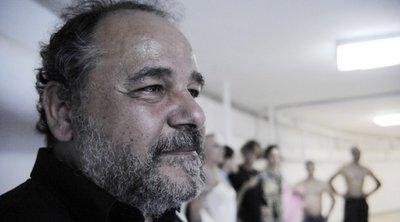 Εσπευσμένα στο νοσοκομείο ο Αλέξανδρος Ρήγας - Ένιωσε έντονη αδιαθεσία κατά τη διάρκεια φωτογράφισης και κατέρρευσε