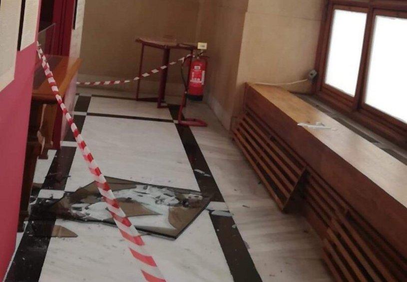 Μικροφθορές στο κτίριο της Βουλής - Αναστάτωση στον παιδικό σταθμό