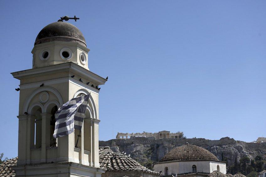 Κατέρρευσε ακατοίκητο κτίριο στο Μοναστηράκι –Ζημιές στον τρούλο της Αγίας Ειρήνης