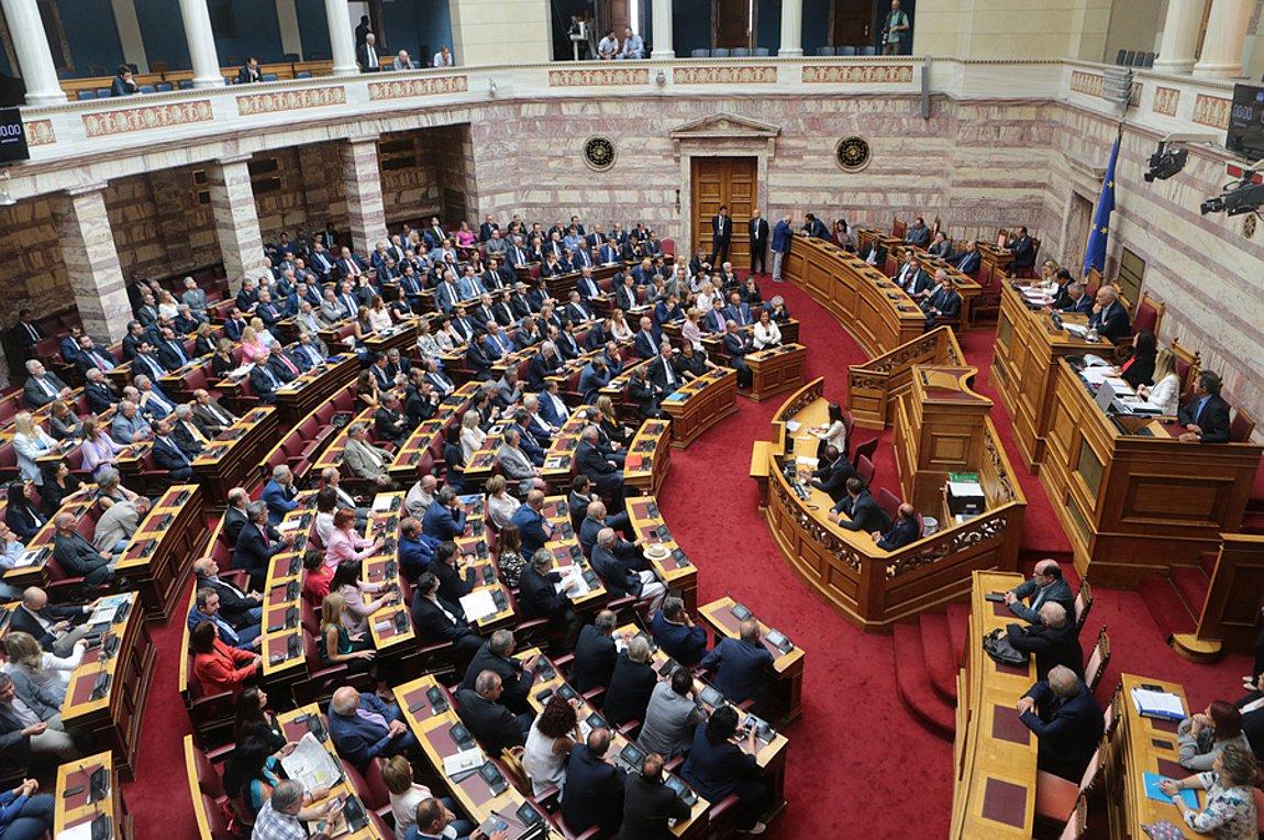 Βουλή: Στο φουλ οι μηχανές για εκλογικό νόμο και συμβάσεις αμυντικής συνεργασίας με ΗΠΑ