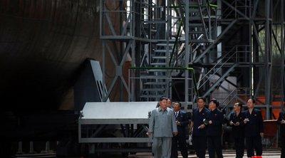 Ο Κιμ Γιονγκ Ουν επιθεώρησε το νέο υποβρύχιο της Β. Κορέας