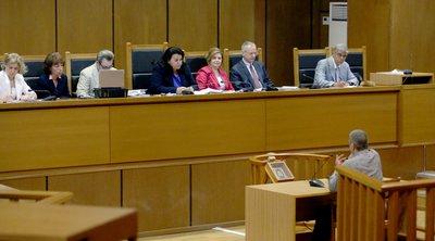 Κατηγορούμενος στη δίκη της Χρυσής Αυγής: Κατά λάθος το τηλεφώνημα στον Ρουπακιά, αψυχολόγητη η κλήση στον Λαγό