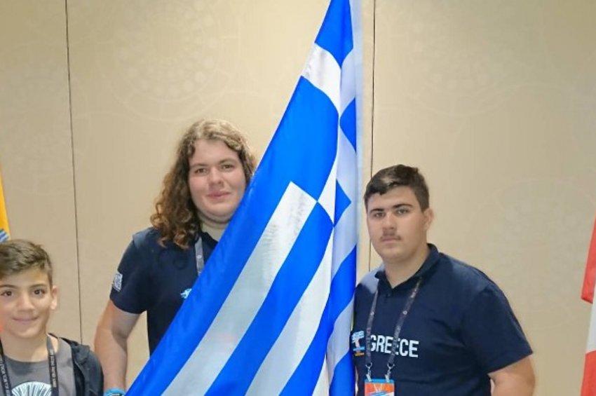 Ελληνική πρωτιά στον Παγκόσμιο Διαγωνισμό της Microsoft Office στη Ν. Υόρκη – Διακρίσεις για 3 μαθητές