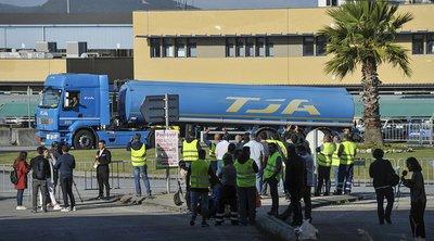 Πορτογάλοι οδηγοί βυτιοφόρων αρνούνται να εργαστούν υπερωριακά, αυξάνοντας τις πιθανότητες για ελλείψεις σε καύσιμα