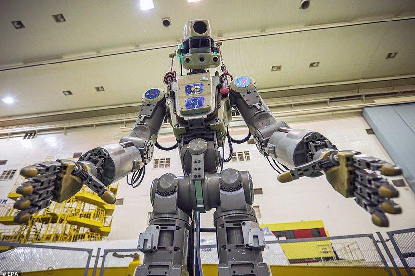 Το ρωσικό ανθρωποειδές ρομπότ Fedor ετοιμάζεται να εκτοξευθεί στον Διεθνή Διαστημικό Σταθμό