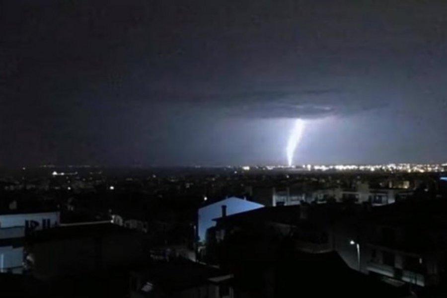 Χιλιάδες κεραυνοί στην Ελλάδα τον Δεκαπενταύγουστο
