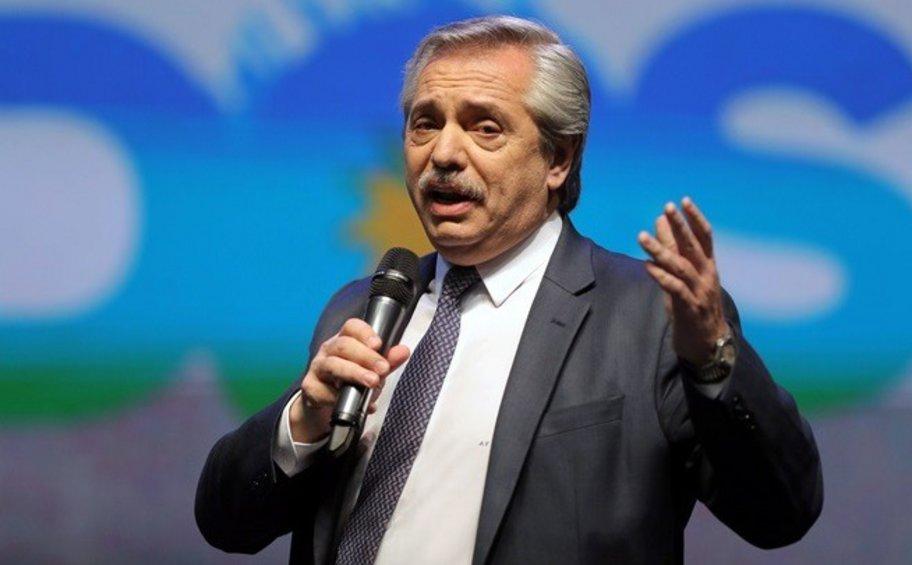 Φερνάντες: Η Αργεντινή δίνει προτεραιότητα στην ανάπτυξη, όχι στην αποπληρωμή του χρέους
