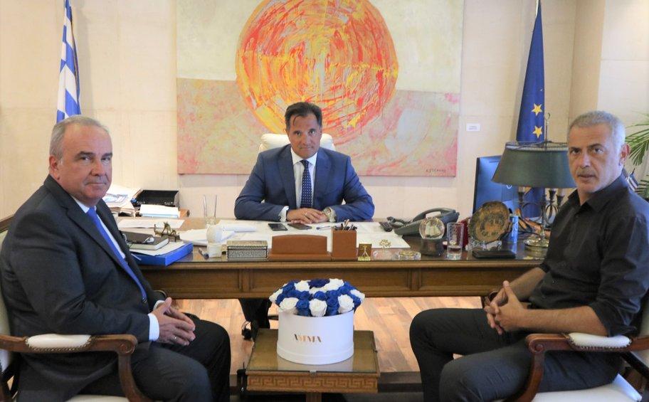 Το επενδυτικό σχέδιο της Cosco στον Πειραιά συζητήθηκε στη συνάντηση Γεωργιάδη - Μώραλη