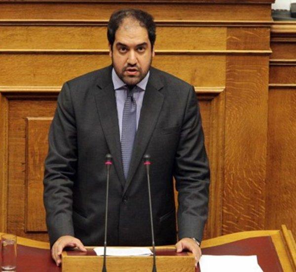 Έρχεται νομοθετική ρύθμιση για τα διπλώματα οδήγησης - Τι θα περιλαμβάνει - Τι δήλωσε στον realfm ο υφυπουργός Μεταφορών