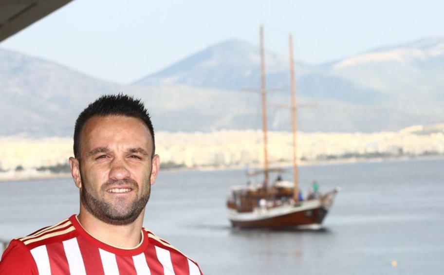 Βαλμπουενά: «Χαίρομαι που θα παίξω στο Champions League»