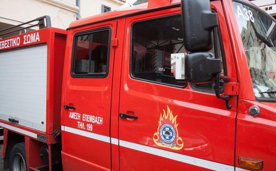 Πυρκαγιά σε υπαίθριο χώρο στο Πέραμα