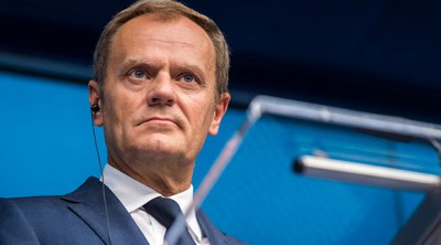 Ο Τουσκ καλεί την ΕΕ να στηρίξει την έναρξη ενταξιακών διαπραγματεύσεων με Σκόπια και Τίρανα