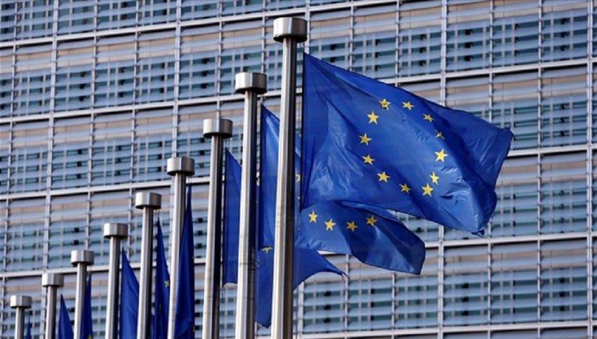 Κομισιόν για δηλώσεις Ερντογάν: Η ΕΕ τιμά τη συμφωνία με την Τουρκία για το προσφυγικό