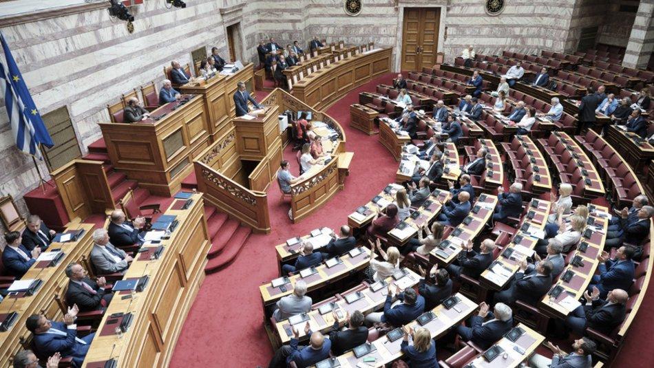 Συνταγματική αναθεώρηση: Επιταχύνουν για να προλάβουν την εκλογή Προέδρου