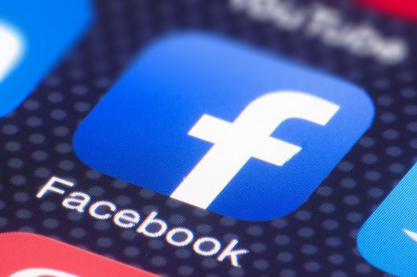 Ξέρει το Facebook ακόμη και πότε οι χρήστες έκαναν σεξ;