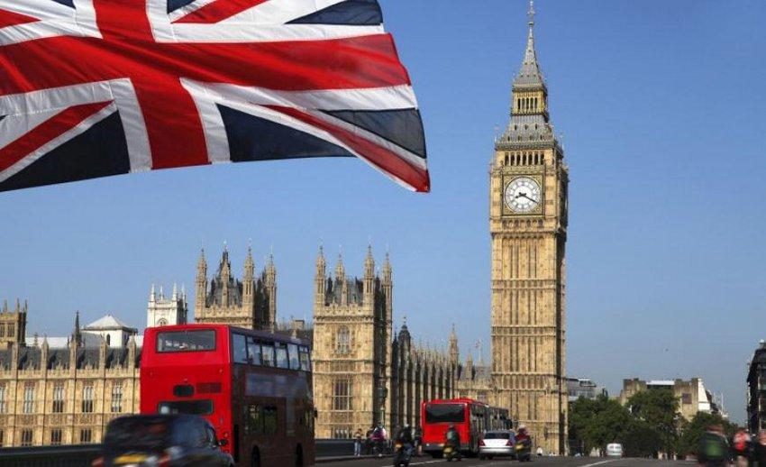 Το 50% των Βρετανών ζητούν δημοψήφισμα επί της όποιας συμφωνίας για Brexit - Οι Τόρις διατηρούν προβάδισμα έναντι των Εργατικών