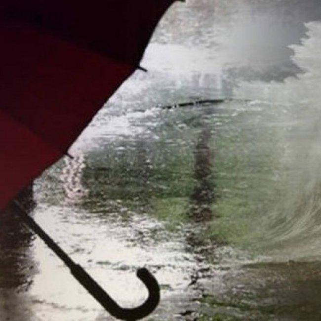 Έρχονται βροχές και καταιγίδες, με δυνατά μελτέμια και… ζέστη!