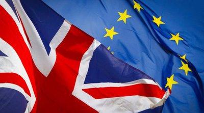 Η Κομισιόν αναλαμβάνει να διαπραγματευτεί τη νέα εταιρική σχέση της ΕΕ με την Βρετανία