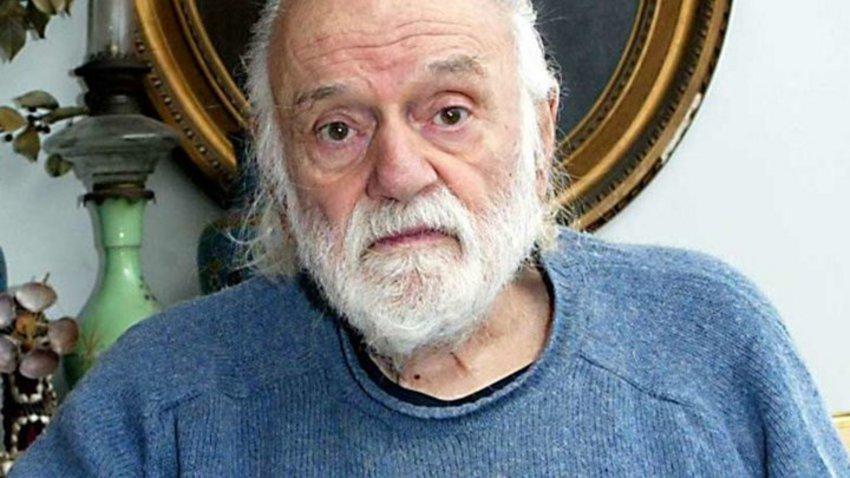 Έφυγε από τη ζωή ο ποιητής Νάνος Βαλαωρίτης
