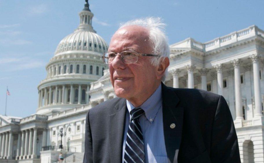 ΗΠΑ: Ο Σάντερς αλλάζει πρόσωπα στην προεκλογική του εκστρατεία για το χρίσμα των Δημοκρατικών