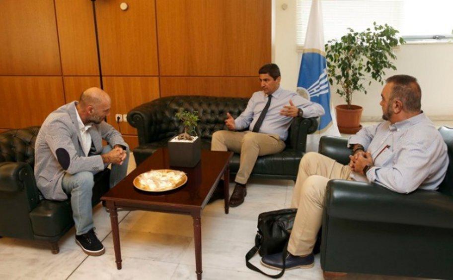 Συνάντηση Αυγενάκη με εκπροσώπους της ΠΑΕ Πανιώνιος