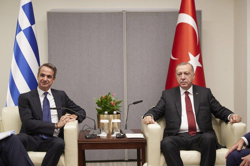 Στις 16:30 το απόγευμα το τετ α τετ Μητσοτάκη με Ερντογάν - Η ατζέντα της συνάντησης