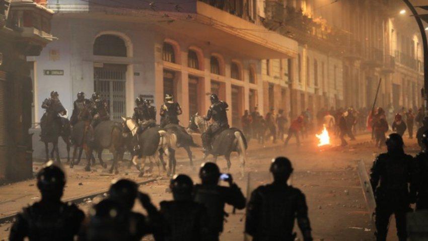 Επτά χώρες της Λ. Αμερικής κατηγορούν τη Βενεζουέλα για τις ταραχές στον Ισημερινό – Μαδούρο: Για τις διαδηλώσεις ευθύνεται το ΔΝΤ, όχι εμείς