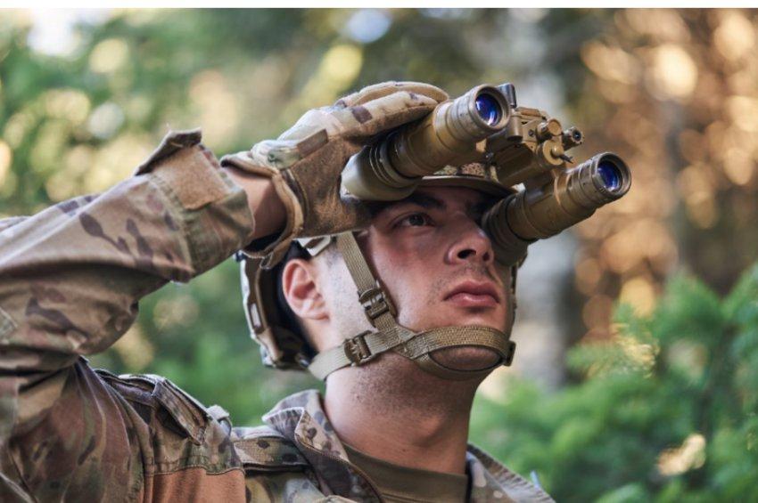 Η THEON SENSORS ανέλαβε εξαγωγικό συμβόλαιο για το πρόγραμμα Squad Binocular Night Vision Goggle (SBNVG) του Σώματος Πεζοναυτών των ΗΠΑ