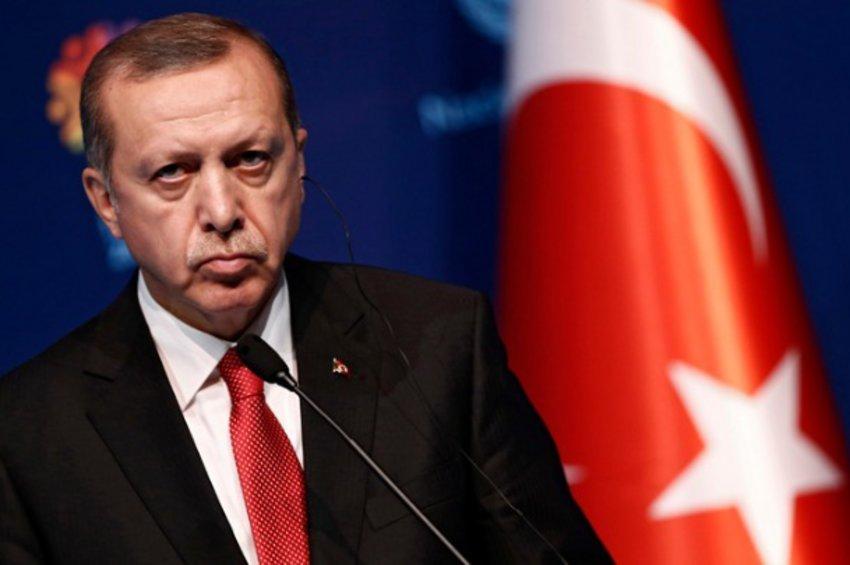 Ερντογάν: Η Τουρκία δεν θα τερματίσει τη στρατιωτική επιχείρηση στη Συρία παρά τις απειλές της Δύσης