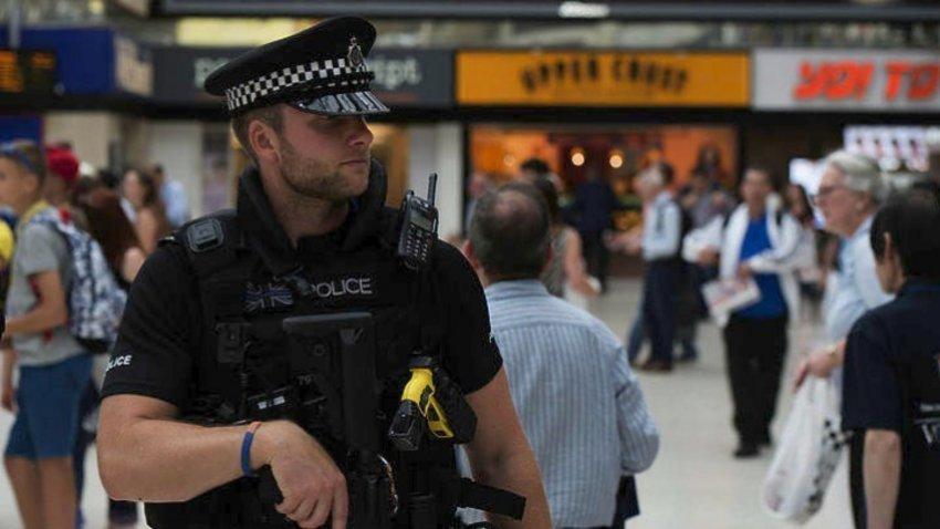 Η αντιτρομοκρατική ερευνά την επίθεση με μαχαίρι στο Μάντσεστερ με 5 τραυματίες - Συνελήφθη ύποπτος